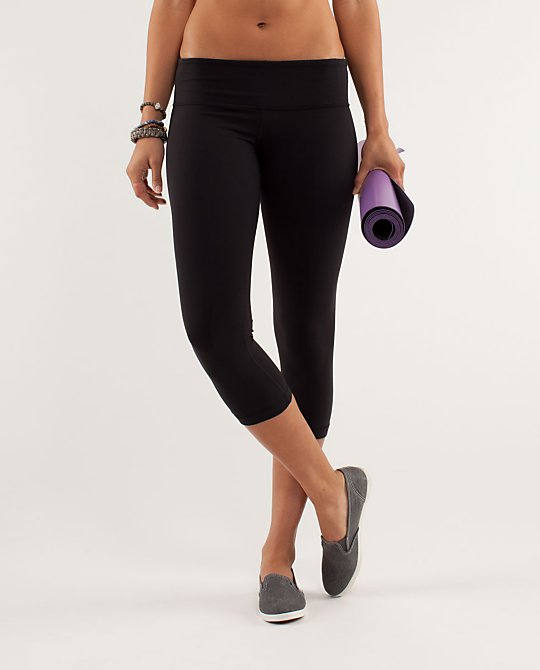 Lululemon Athletica Wunder Under Crop Yoga Pants